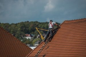 Safely Disposing of Old Roof Pieces