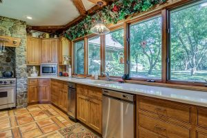 Tips for Choosing New Windows for Your Kitchen